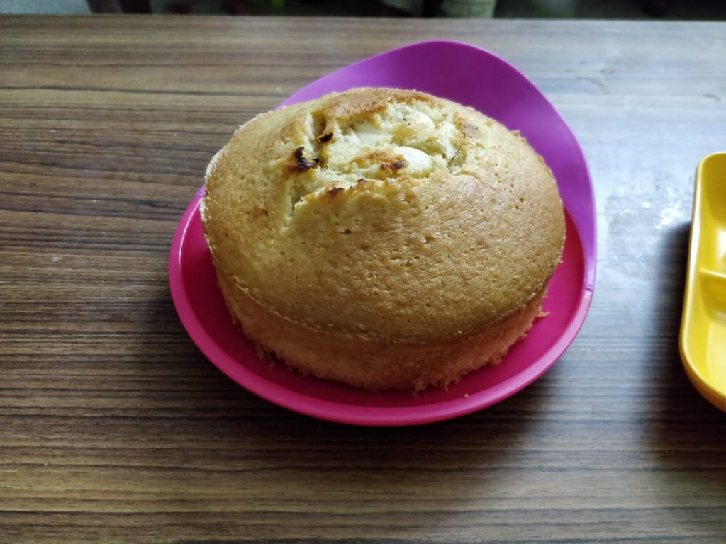 Healthy whole wheat cake for kids going to school